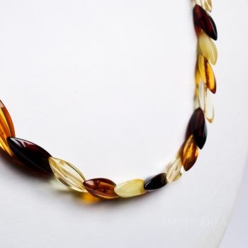 Snake Type Four-Color Long Amber Necklace