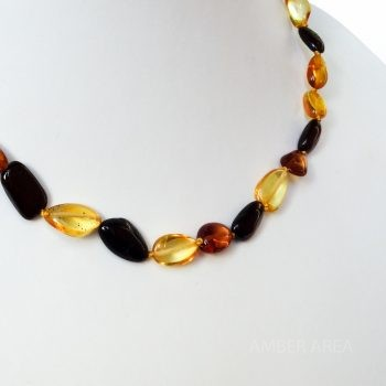 Three-Color Polished Amber Necklace